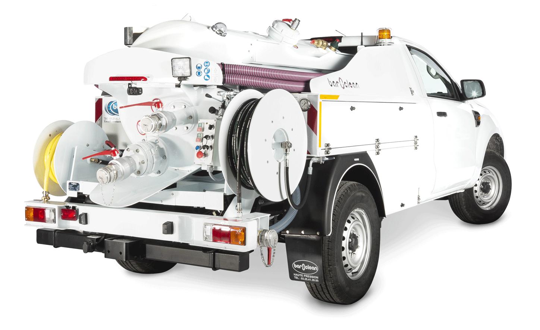 Le camion hydrocureur