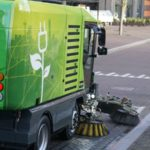 The RAVO 5 eSeries sweeps emission-free and is a lot more quiet than a conventional sweeper with a diesel powered engine.